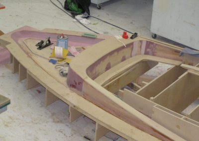 9.85 deck mould forward